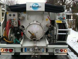pompage fosse septique Yvelines 78 met à votre service un camion pompe